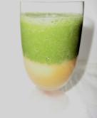 柿とパインの青汁スムージー