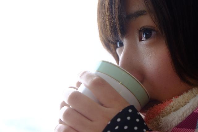 ホットミルクと青汁を混ぜて飲むメリット